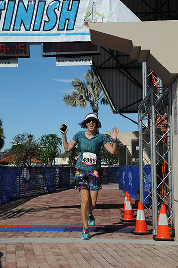 melissa-crossing-marathon-finish-small